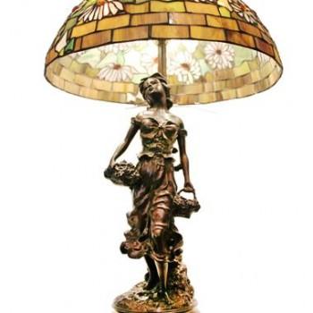 Lámpara mujer con cesta (Medium)