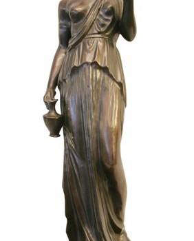 Mujer con taza (Medium)
